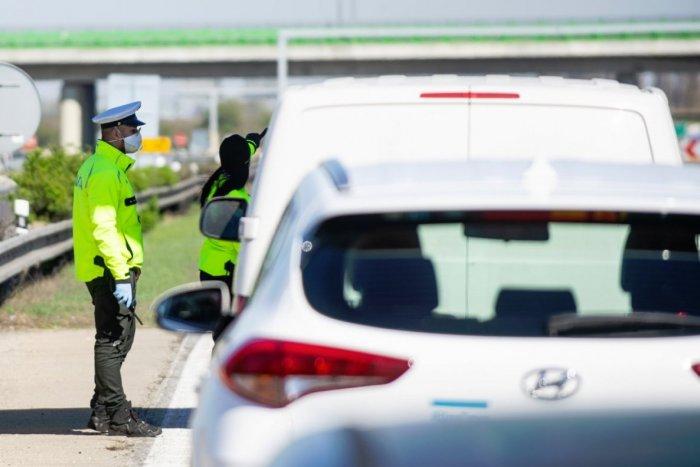 Ilustračný obrázok k článku Vodiči, zbystrite: OBMEDZENIA na diaľnici D1, pozor aj na R1 a R2!