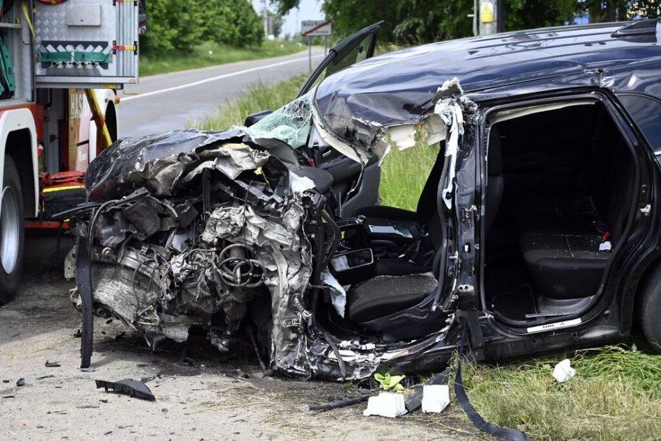 Ilustračný obrázok k článku Na ceste I/66 došlo k nehode 2 áut a nákladiaka: Na mieste je zranená osoba