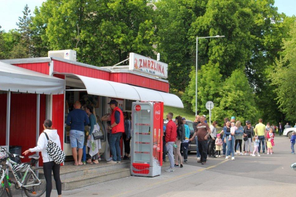 Ilustračný obrázok k článku Naj zmrzlináreň v Bystrici láka na klasiky aj NOVINKY: Aké príchute bodujú u ľudí? FOTO
