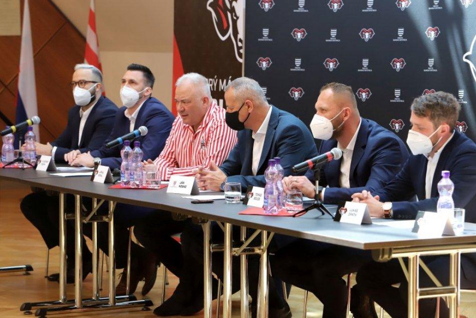 Ilustračný obrázok k článku Fanúšikovia sa konečne dočkali: Poznáme nové vedenie bystrického hokejového klubu, FOTO