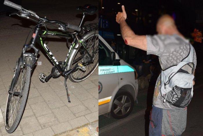 Ilustračný obrázok k článku Cyklista nabúral do zaparkovaného auta: Nafúkal viac ako 2 promile!