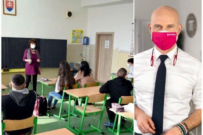 Ilustračný obrázok k článku Gröhling varuje pred zatváraním škôl: Každý očkovaný pomôže výučbe v bežnom procese!