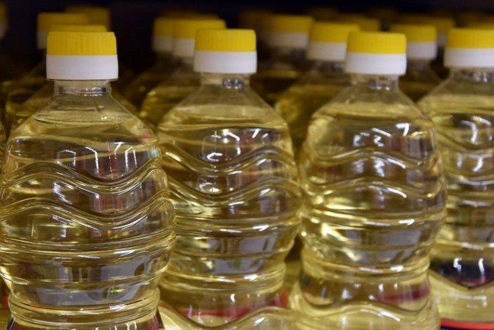 Ilustračný obrázok k článku V Šali budú zbierať použité oleje: Sledujte prehľadný HARMONOGRAM