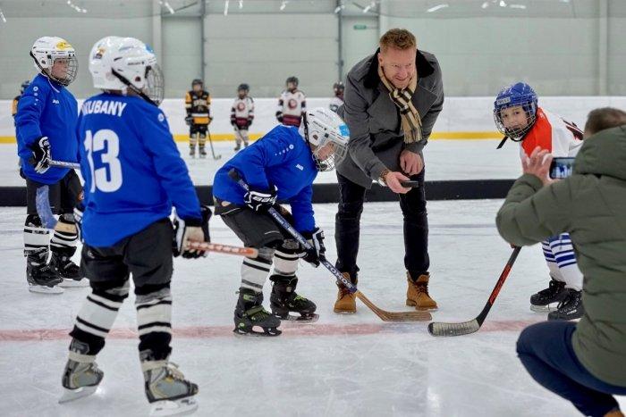 Ilustračný obrázok k článku Odmenený hokejový klub zFondu pre budúcnosť športu: Ľubovnianski rytieri sa na sezónu môžu pripravovať vpredstihu!