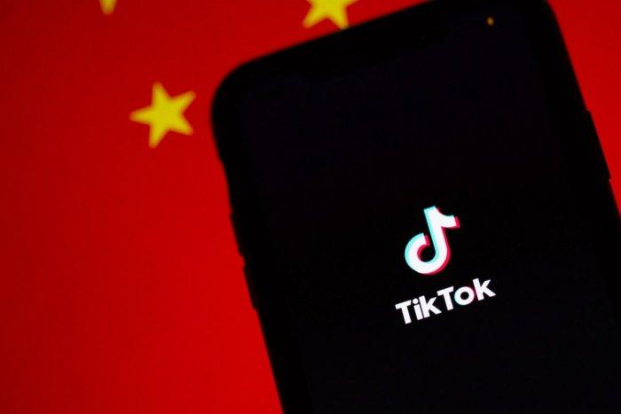 Ilustračný obrázok k článku Rodičia z tohto štátu žalujú čínsku sociálnu sieť a chcú ODŠKODNÉ: Viac ako miliardu eur!