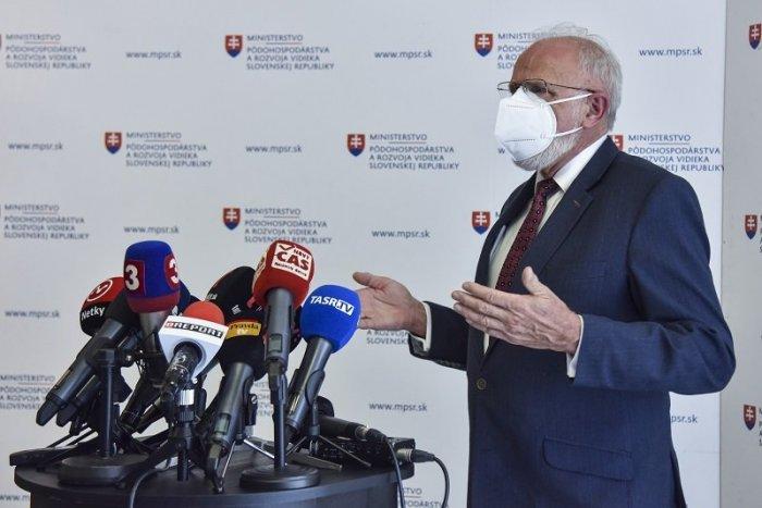 Ilustračný obrázok k článku Neuteká z boja! Mičovský sťahuje svoju demisiu, chce vo funkcii pokračovať