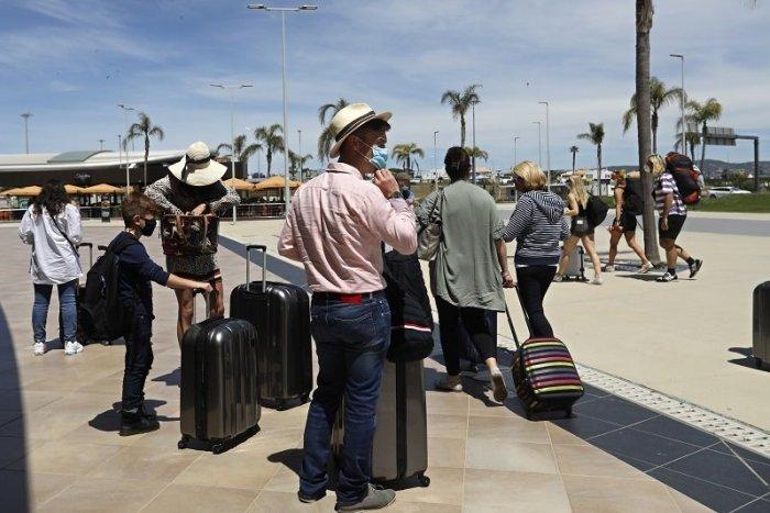 Image d'illustration pour l'article Vous partez en voyage au pays VERT ?  N'y allez PAS, conseille le ministère