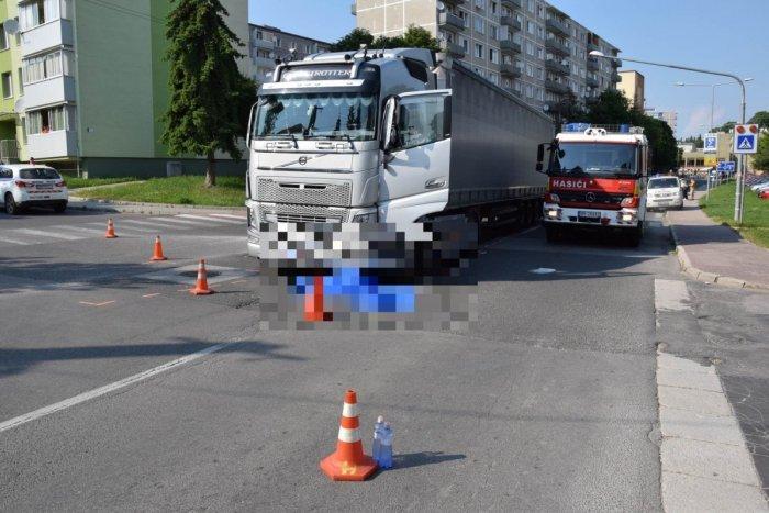 Ilustračný obrázok k článku Tragická nehoda: Polícia zasahuje pri zrážke nákladiaka s chodkyňou