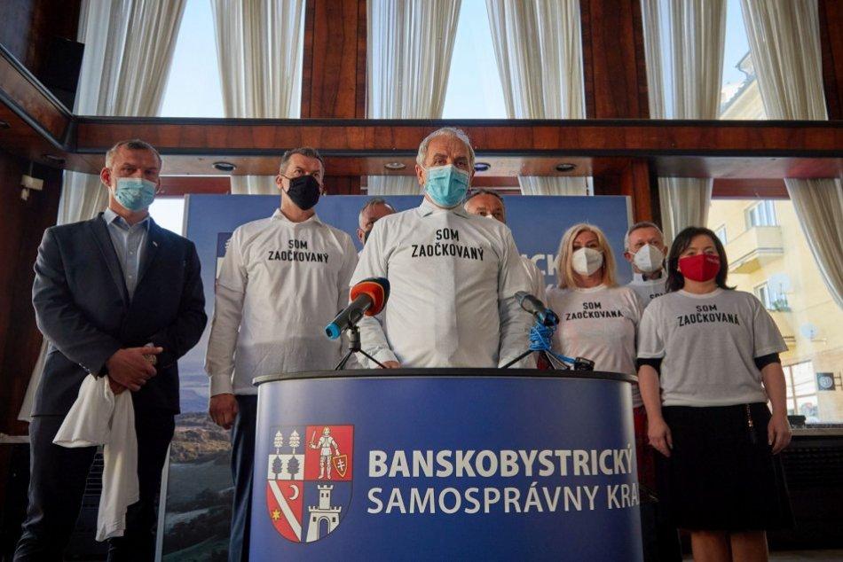 Ilustračný obrázok k článku Politické strany v Banskobystrickom kraji sa spojili: Vyzvali ľudí, aby sa dali zaočkovať