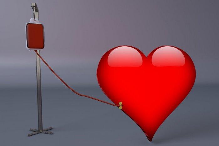 Ilustračný obrázok k článku Chcete darovať krv? Očkovaní darcovia či pendleri musia splniť tieto PODMIENKY!