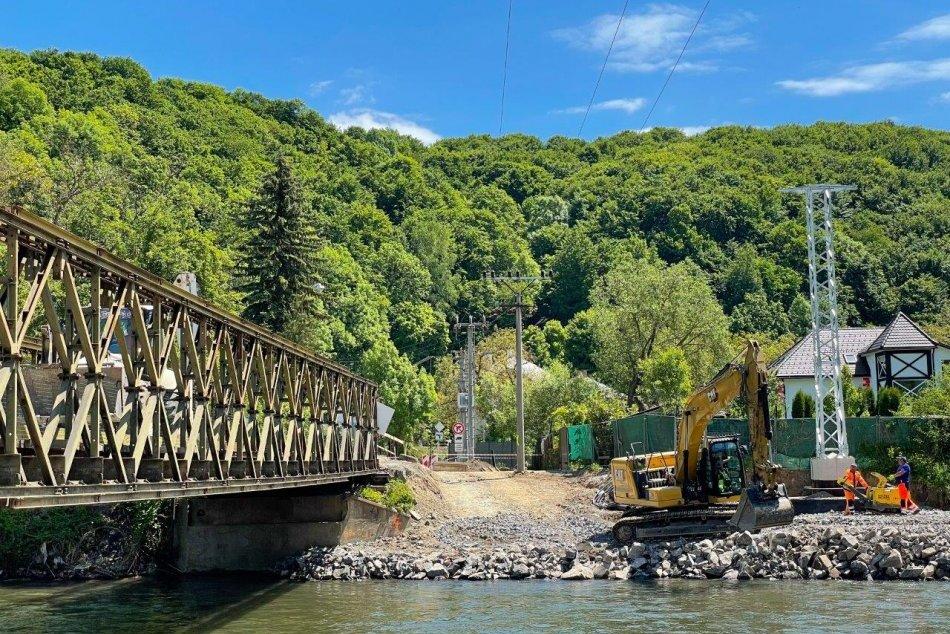 Ilustračný obrázok k článku Práce na moste v Iliaši pokročili: PREHĽAD obmedzení, s ktorými treba počítať, FOTO