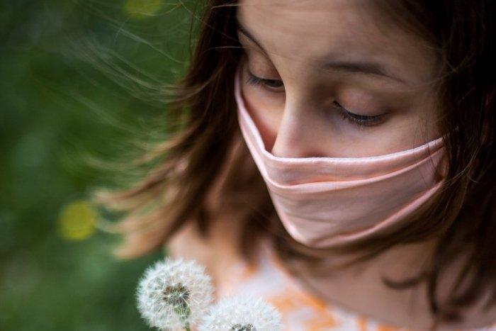 Ilustračný obrázok k článku Koronavírus: Pribudlo viac ako 100 nových prípadov nákazy, počet obetí stúpol o tri