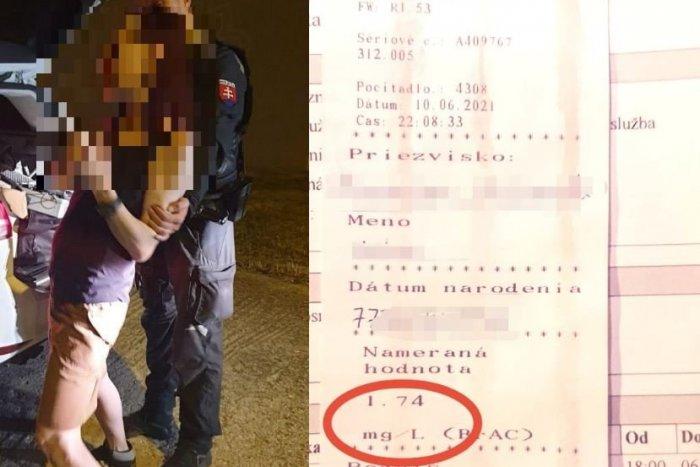 Ilustračný obrázok k článku Šoférovala taká opitá, že nevedela stáť: Podopierali ju policajti a NAFÚKALA 3,6 promile!