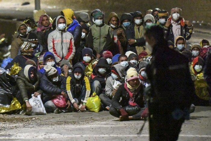 Ilustračný obrázok k článku SVET O SLOVENSKU: Brusel chce znovu prerozdeľovať migrantov. Vezmeme ich?