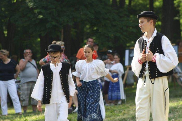 Ilustračný obrázok k článku Hornonitrianske folklórne slávnosti sa blížia: Pripravili bohatý PROGRAM