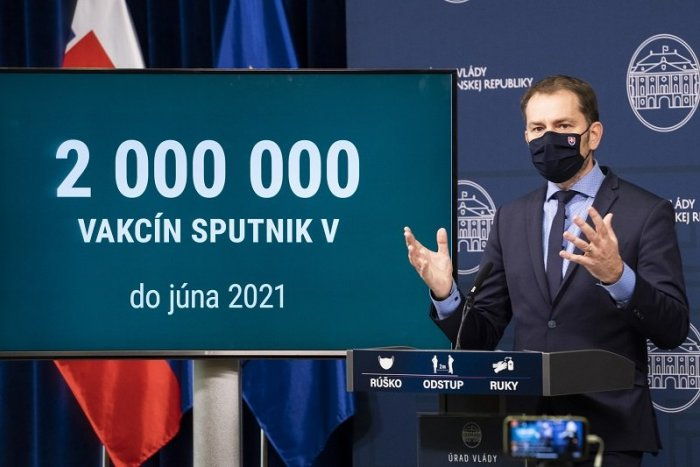 Ilustračný obrázok k článku O Sputnik nie je záujem: HLUPÁCI, odkazuje ľuďom Matovič. Sulík hovorí o BLAMÁŽI