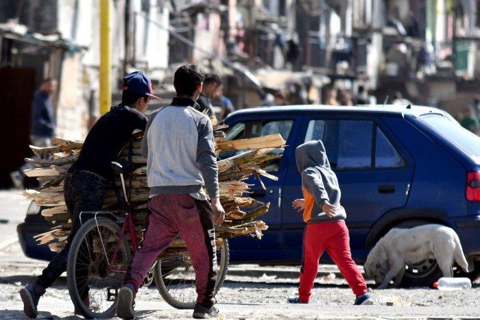 Ilustračný obrázok k článku Vláda sa ospravedlnila Rómom za spôsob zásahu polície z roku 2013
