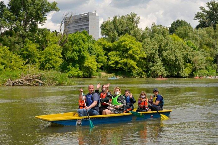 Ilustračný obrázok k článku Tipy na víkend: Užijete si hody, dobré pivo, zábavu s čerešňami aj koncerty a plavbu po Dunaji