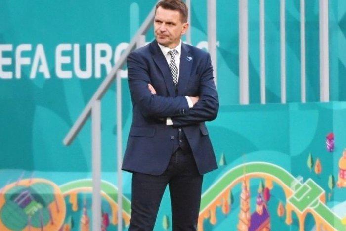 Ilustračný obrázok k článku Na Prešovčana Tarkoviča sa valí kritika: Ako znejú výkony futbalistov zhrnuté do BÁSNE?