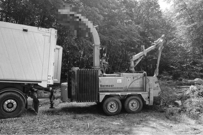 Ilustračný obrázok k článku Tragédia v Jelšave: Polícia vyšetruje záhadnú smrť muža v lese