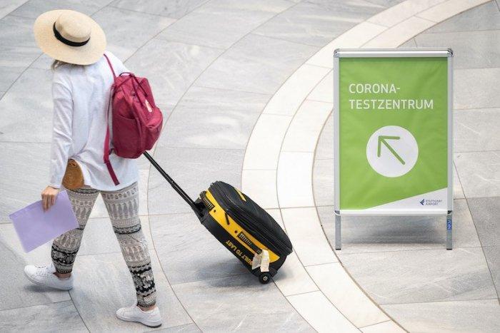 Ilustračný obrázok k článku Dovolenky sa pre nezaočkovaných PREDRAŽIA! Bežnú rodinu to môže stáť STOVKY eur