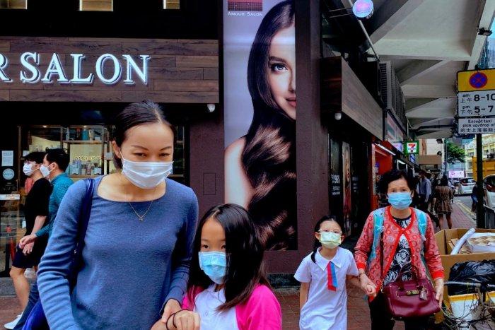 Ilustračný obrázok k článku Ďalšia krajina sa postavila na zadné: Naučme sa s koronou žiť, odkazuje svetu Singapur!