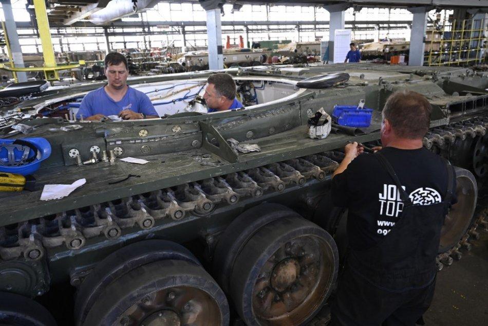 Ilustračný obrázok k článku V areáli VOP Trenčín rozširujú výrobu: Plánujú prijať aj nových zamestnancov