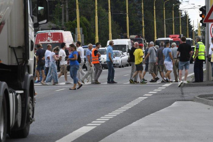 Ilustračný obrázok k článku Odborári protestovali na hlavnom ťahu na Donovaly: Väčšina vodičov vraj akciu akceptovala