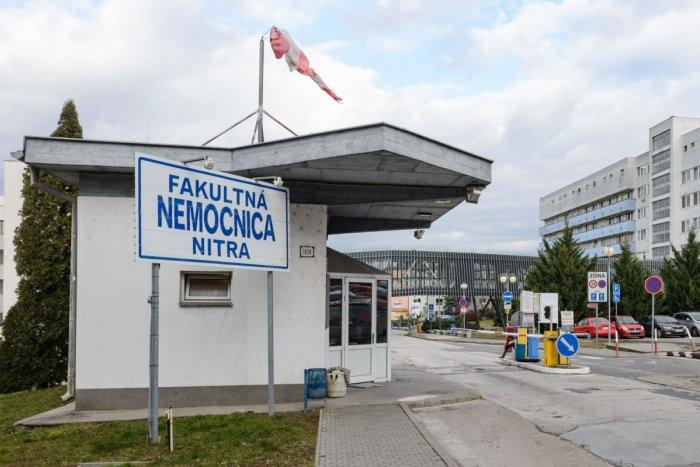 Ilustračný obrázok k článku Situácia sa zhoršuje: V nitrianskej nemocnici platí ZÁKAZ návštev