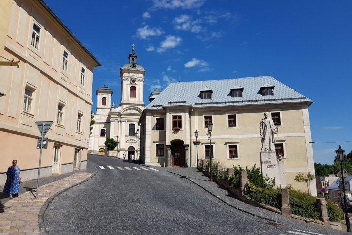 Ilustračný obrázok k článku Štiavnica získala na projekt smart city takmer milión eur: Riešiť má aj parkovanie v centre