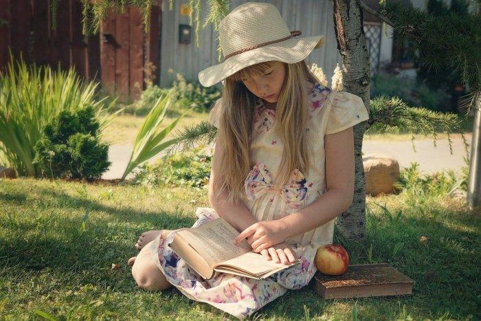 Ilustračný obrázok k článku Močenok láka všetky deti: Ponúka tvorivé dielne a čítanie rozprávok