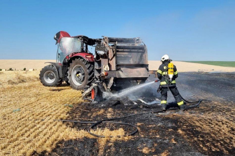 Ilustračný obrázok k článku Neďaleko Nitry horel traktor: Plamene zachvátili aj pole, FOTO