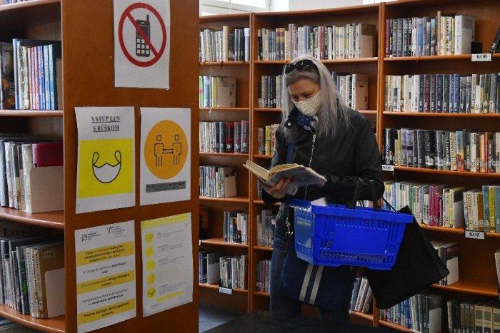 Ilustračný obrázok k článku Leto v knižnici? Bohatý program, burza aj turnaj v scrabble