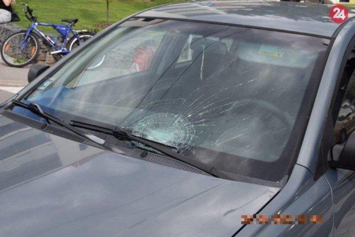Ilustračný obrázok k článku Prvé INFO o nehode cyklistu s autom v Lučenci: Ratovať museli zranenú osobu