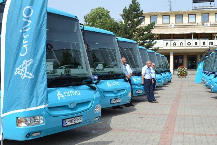Ilustračný obrázok k článku Cestujete prímestskou dopravou? V okolí Zámkov bude jazdiť 15 nových autobusov