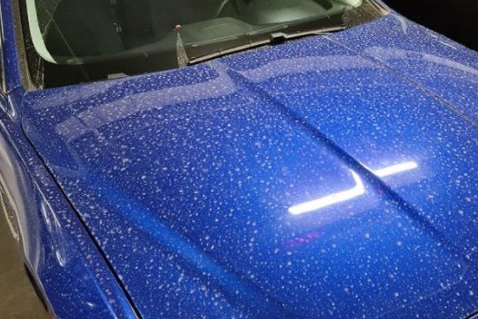 Ilustračný obrázok k článku FOTO: Dorazil k nám saharský prach. S umývaním auta sa radšej neponáhľajte!