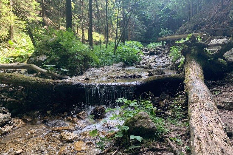 Ilustračný obrázok k článku DNES24 na horách: Božské ticho a dychberúca príroda, objavte Jánošíkove diery!