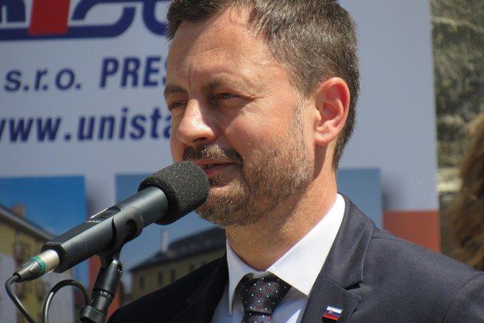 Ilustračný obrázok k článku Banskobystrický kraj navštívi premiér Heger: Aký program u nás bude mať?