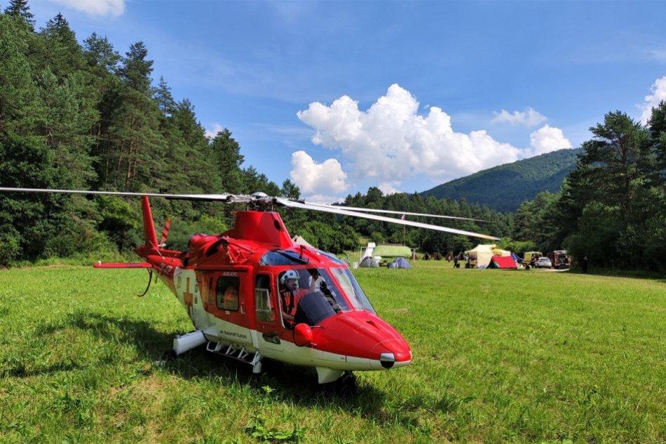 Ilustračný obrázok k článku Výbuch plynu v detskom tábore Podskalie: Vrtuľníky prevážali zranených, FOTO