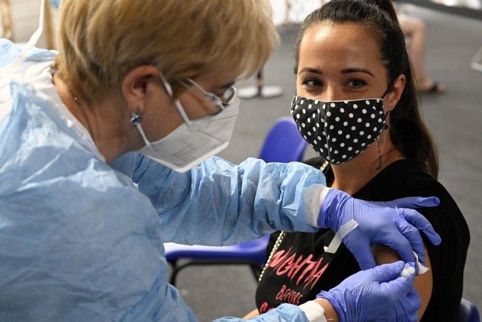Ilustračný obrázok k článku TOTO tu ešte nebolo: V Trnavskom kraji začnú očkovať v obchodných centrách