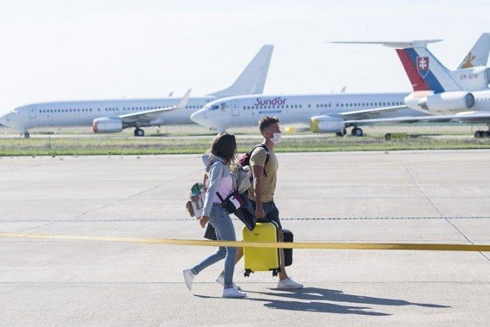 Ilustračný obrázok k článku Letíte na Slovensko? Tu je ZOZNAM krajín, z ktorých pri návrate nie je potrebný test
