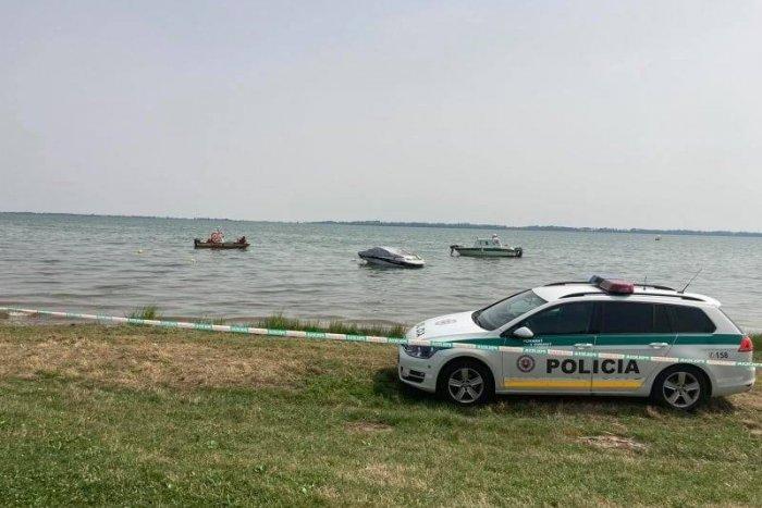 Ilustračný obrázok k článku Ďalšia obeť letného kúpania: Na Zemplínskej Šírave sa utopil známy hudobník!