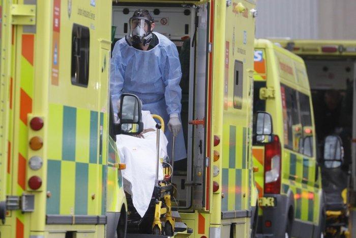 Ilustračný obrázok k článku Šokujúce číslo! Až 60 % hospitalizovaných Britov s covidom nebolo PLNE zaočkovaných