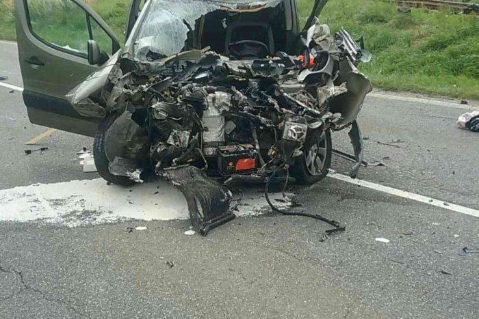 Ilustračný obrázok k článku Veľké nešťastie: V Spišskej Belej sa zrazilo auto s vlakom, sedeli tam ľudia! FOTO