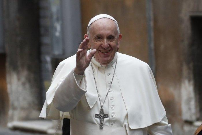 Ilustračný obrázok k článku Nezaočkovaní majú smolu: Pápeža na Slovensku uvidia len plne zaočkovaní!