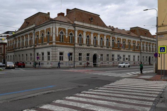 Ilustračný obrázok k článku Hviezdoslavova ulica je po oprave prejazdná. Na rad príde ďalšia frekventovaná cesta