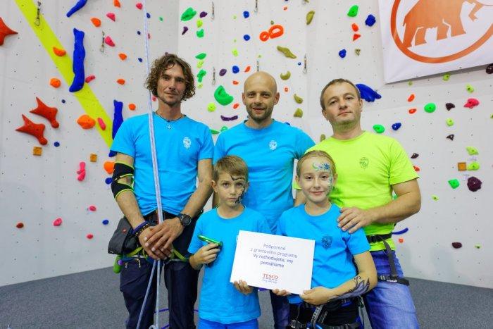 Ilustračný obrázok k článku Tesco pomáha komunitám, Slováci rozhodli onajlepších projektoch vich okolí