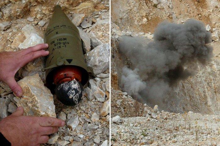 Ilustračný obrázok k článku Smolenicami otriasol výbuch: Pyrotechnici museli odpáliť ruskú mínu, VIDEO