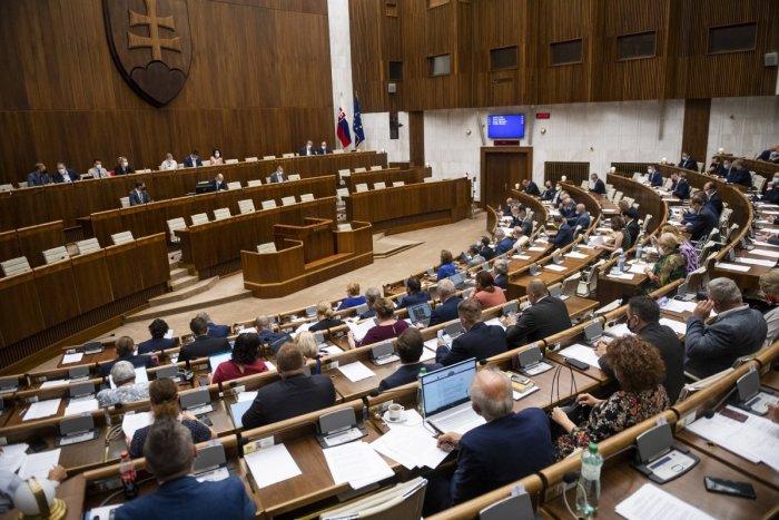 Ilustračný obrázok k článku Strany si za výsledky volieb rozdelia takmer 12 miliónov eur! Kto dostane najviac?