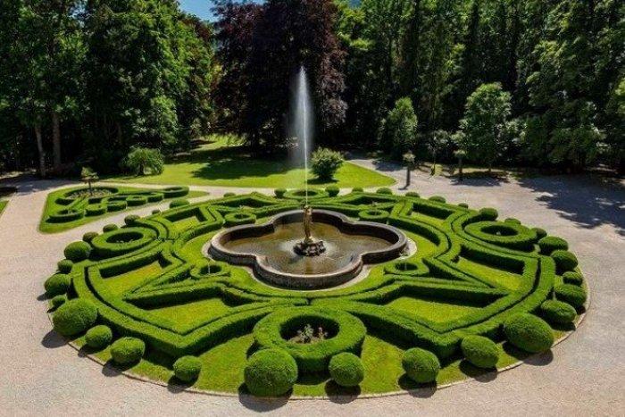 Ilustračný obrázok k článku Takmer ako vo Versailles: Objavte najkrajšie slovenské parky a záhrady